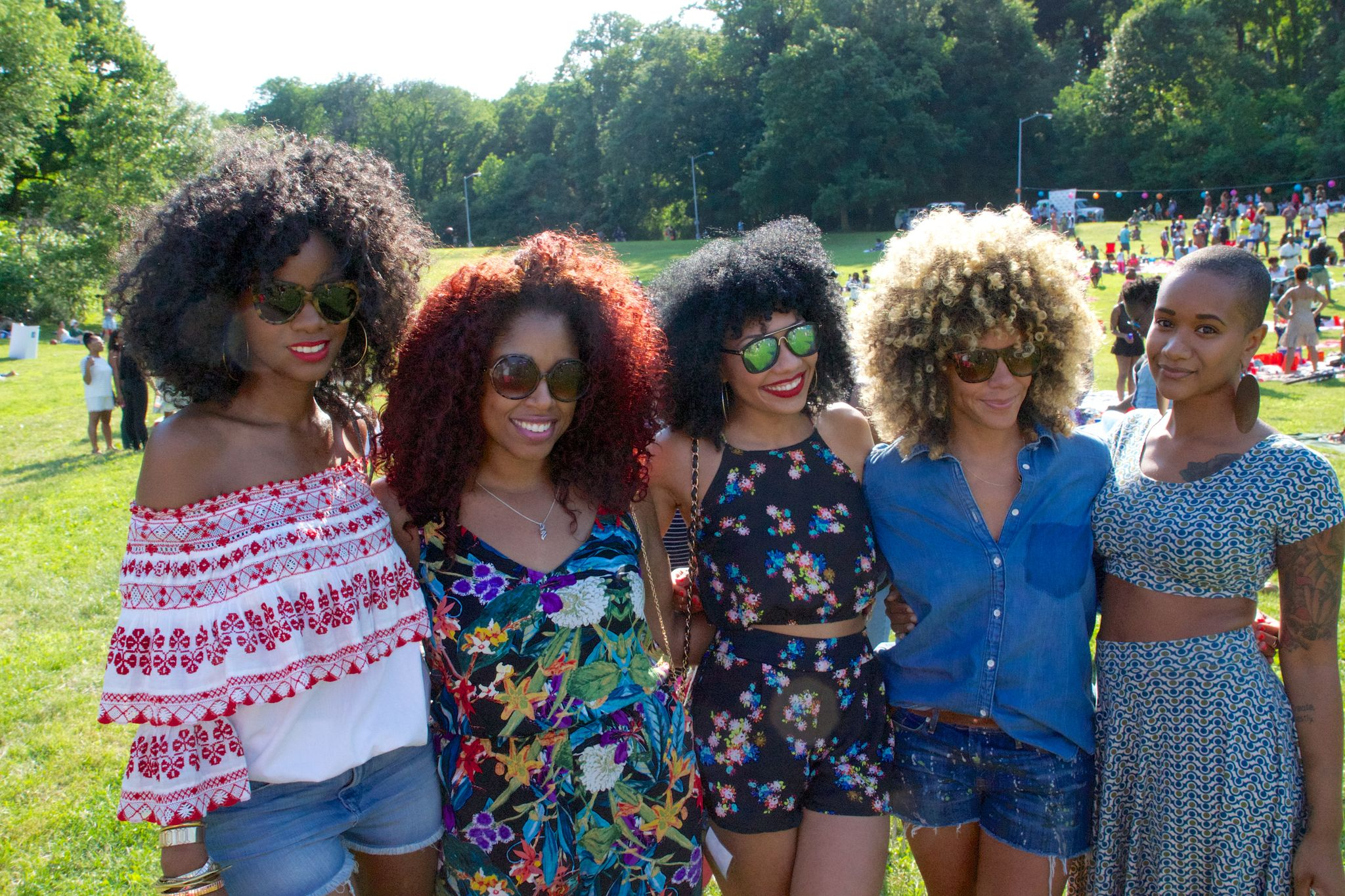 Fun times with Style Carmen, Rock Yo Rizos, HeyGorJess, Mo Knows Hair and Alex Elle! Photo by Shayne Brooks.